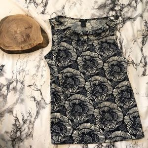 Ann Taylor Navy and White Floral Sleeveless Blouse